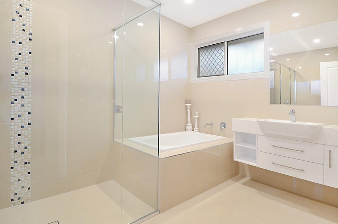 After renovation builder home extension builder brisbane for Small bathroom renovations brisbane